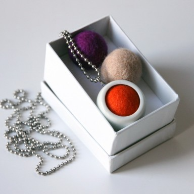 najs-design-porcelain-kulicka-ball-felt-tereza-severynova-02
