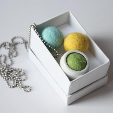 najs-design-porcelain-kulicka-ball-felt-tereza-severynova-03