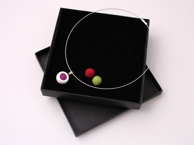 najs-design-porcelain-kulicka-ball-tereza-severynova-01