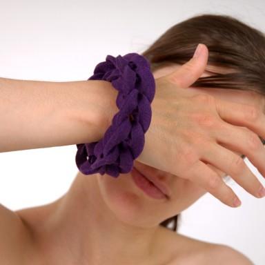 najs-felt-bracelet-structure-tereza-severynova-03