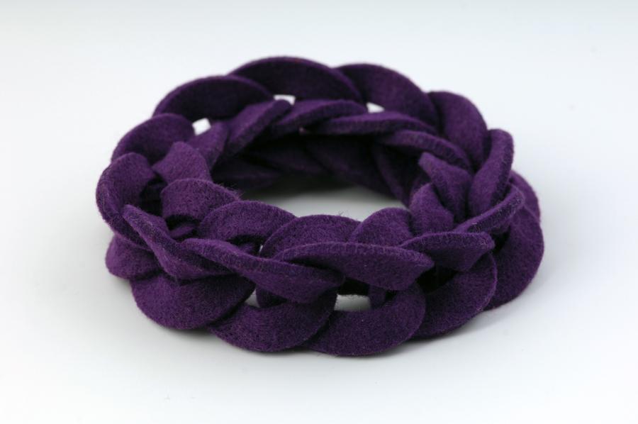 najs-felt-bracelet-structure-tereza-severynova-04
