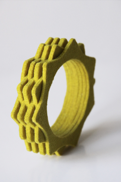 najs-felt-bracelet-structure-tereza-severynova-13