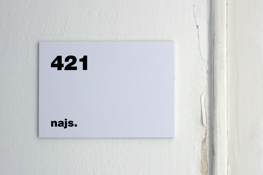 najs-instalace-designblok-2012-01